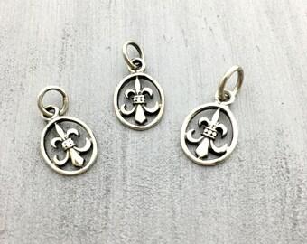 Sterling Silver fleur de lis charm pendant, .925 sterling silver, sterling silver pendant