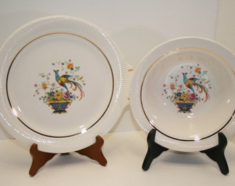 "Vintage Salem china, ""Bird of Paradise"" pattern; 23 carat gold trim; ribbed edges; platter and serving bowl; Victory blank"