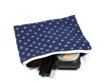 Cosmetic bag or pencil case