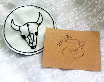 Bull skull outline patch
