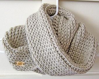 Infinity Scarf Crochet, Winter Scarf, Crochet Scarf, Crocheted Cowl
