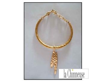 BICHE De BERE collar / neck Biche De Bere Ras / Ras neck Bere deer necklace.