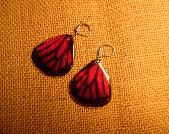 Magenta or Purple Butterfly Bottom Wing Earrings (Faux High Quality/Suncatcher Quality)