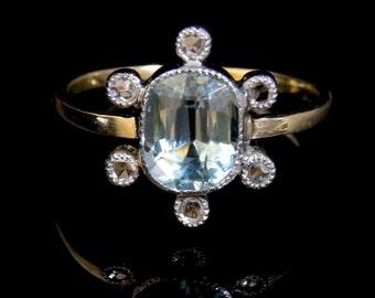 Antique Victorian Aquamarine & Diamond Ring - 18ct Gold