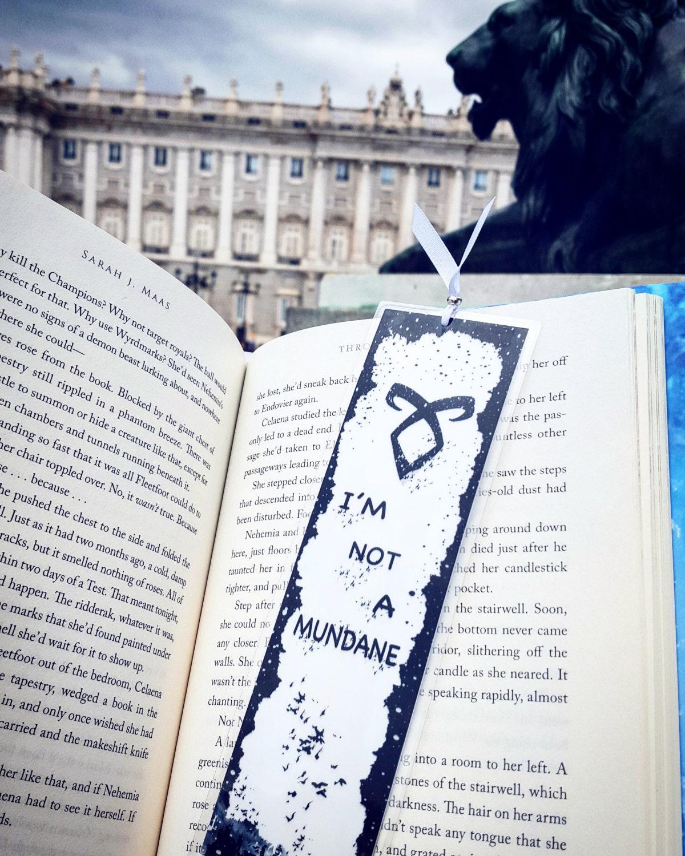 Resultado de imagen de bookmarks shadowhunters