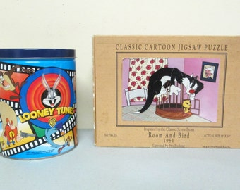 Looney Tunes Jigsaw Puzzle Set Sylvester and Tweety Classic Cartoon Room and Bird with Puzzle in Collectible Tin