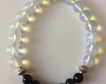 Moonstone & Blue goldstone bracelet