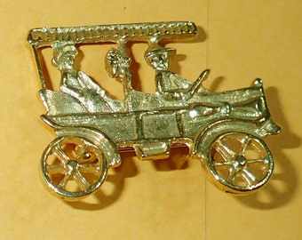 Vintage Vehicle Brooch Gold Tone Pin Accessory