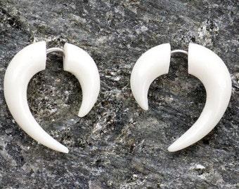 White Bone Small Hooks Organic Fake Gauges Earrings