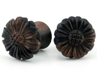 Zinnia Flower Wood Fake Gauges Plugs