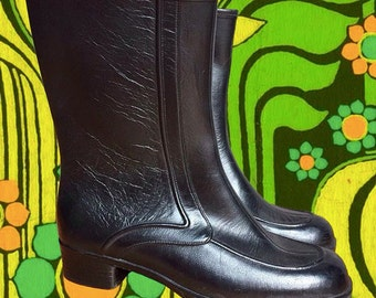 "Vintage 1970's Black Rain Boots • Fluffy Lining • ""Guaranteed Waterproof"" • Size 7"