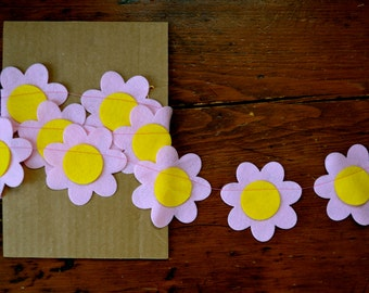 Daisy Garland - Felt Garland, Party Decor, Home Decor