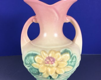 Hull Vase/ Water Lilly