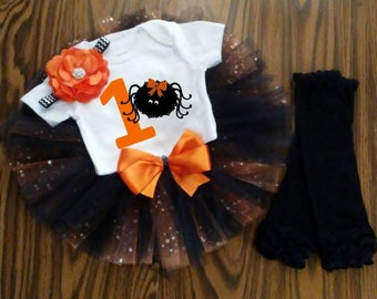 Halloween Birthday Girl Outfit, CUSTOMIZABLE Outfit, Girls First Birthday Outfit, Orange & Black, Cake Smash, Photo Prop, Personalized Tutu