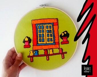 Embroidery Hoop Art-Portuguese Windows-Óbidos-Embroidery with frame-Portuguese Windows