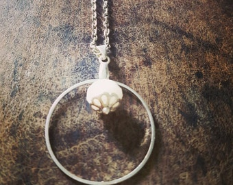 White faceted Pearl silver necklace