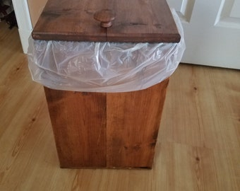 Reclaimed wood trash bin (small)