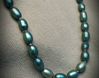 Fresh water dyed pearl necklace