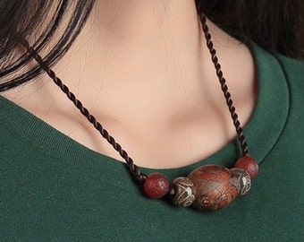 Classic Handmade Agate Necklace  (X1601)