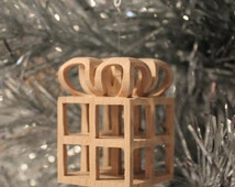 Scroll saw pattern, Christmas Ornament: Present