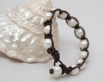 Leather and Pearl Woven Bracelet