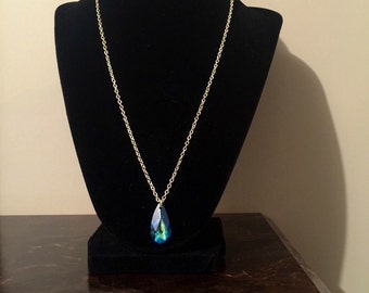 Silver necklace with teal pendant