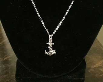 Anchor and rope necklace
