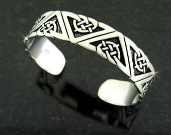 Pewter Geometric Celtic Cuff (#JPEW5226)