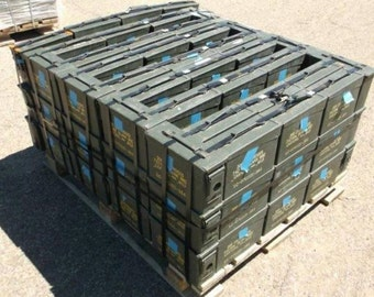 30 caliber AMMO CAN - like NEW condition