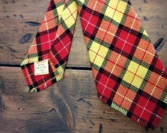 """Vintage 70s Plaid Tie MexTex Botany 46"""" Red Yellow Plaid (A937)"""