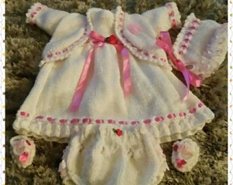 15 to 17 inch dolls outfit (doll not included)