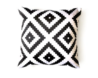 Scandinavian Print Pillow - Black and White Pillow - Decorative Pillow cover - Cushion Cover  - Scandinavian Decor