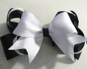 Hello Kitty Hair Bow