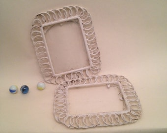 Wire picture frames