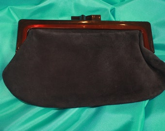 Vintage 70's clutch in black suede and smoked brown bakelite