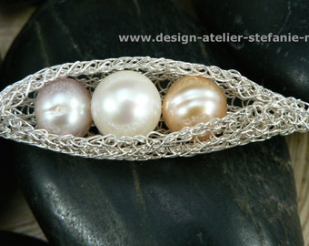 wire crochet pendant pearls in a pod - GONDOLA - with fresh water pearls