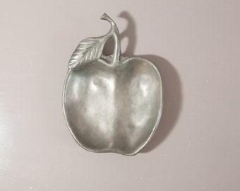 Vide poche en étain | Vide Poche pomme | Décor Étain | Pomme Décorative | Pomme Métal |