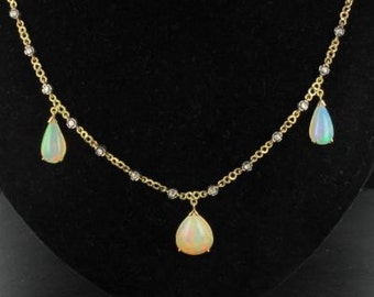 Necklace Opal diamond yellow gold 18K modern