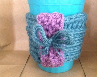 Cute cup cozy with bow detail