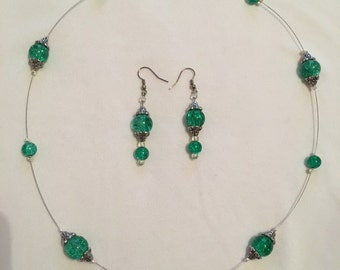 Sparkly green earring and necklace set