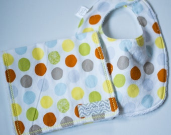 Gender Neutral Bib and Burp Cloth Set- Gender Neutral Baby Bib and Baby Girl Burp Cloth, Polka Dot Bib, Polka Dot Burp Cloth,