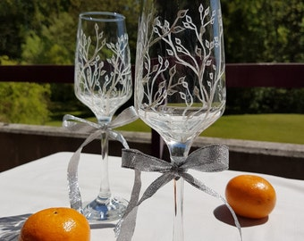 Pair of wedding glasses white and silver
