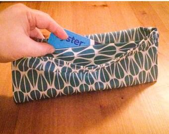 Geometric rain drop print purse