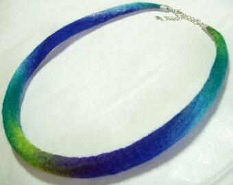Necklace, felt necklace, felted necklace, blue/green/teal, handmade, felt choker, wool jewelry, 55cm/22inch