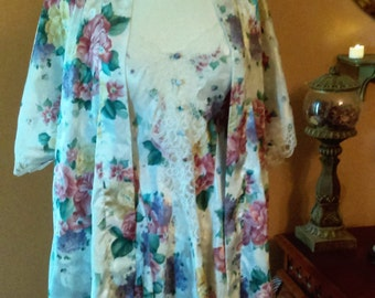 Vintage Floral Night Gown with Robe Lace and Satin Size medium  By Kathryn