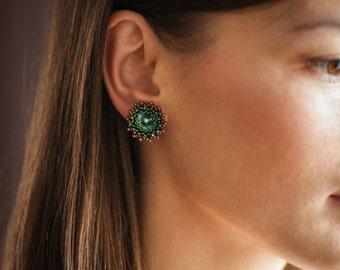 Turquoise beaded stud earrings. Beaded Swarovski earrings. Swarovski crystal stud earrings. Seed bead earrings. Beadwoven swarovski earrings