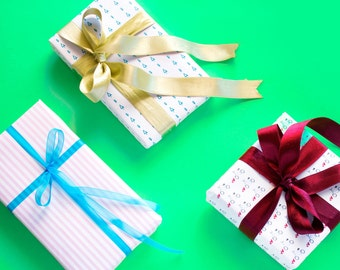 Gift wrap paper Gift Wrap kit Gift wrapping ideas Gift paper Gift wrapping supplies Illustrations Gift bags Gift wrapping Gift packing