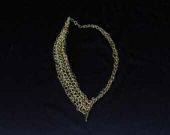 Wire Crochet Necklace (Gold)