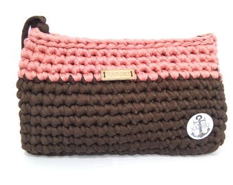 Handmade crocheted clutch in pink/brown.