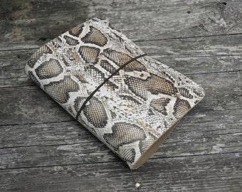 Passport Traveler's notebook snake style  midori- fauxdori